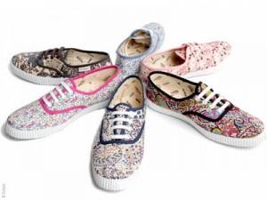 chaussures tissu fleuri