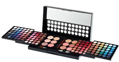 palette de maquillage douglas avec miroir incorporé