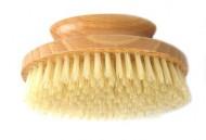accessoire pour le gommage du corps : la brosse exfoliante kent