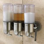 idee deco salle de bain : le distributeur à savon, shampoing, masque