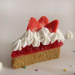idee deco salle de bain savon en forme de gâteau aux fraises