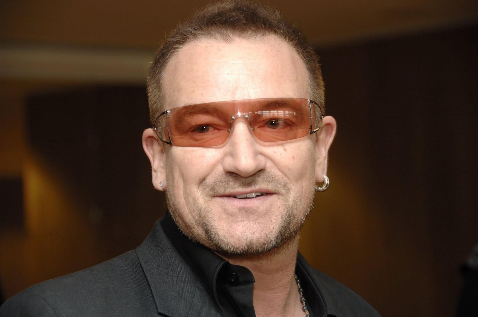 Boucle d'oreil pour homme - Bono