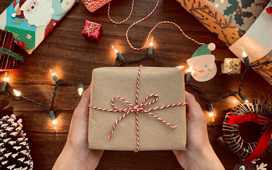 Petit budget : Comment économiser pour les cadeaux de Noël ?