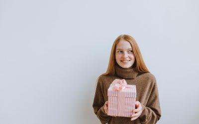 Pourquoi et comment choisir un présent unique pour sa femme ?